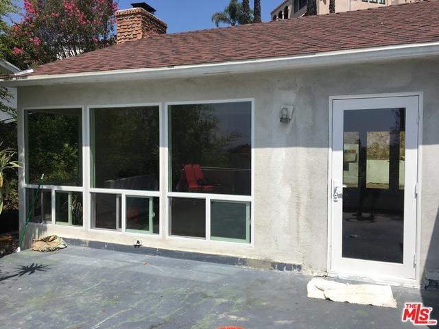 6345 Bryn Mawr Drive, Los Angeles, CA 90068