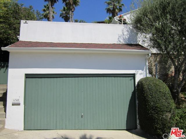 6345 Bryn Mawr Dr, Los Angeles, CA 90068