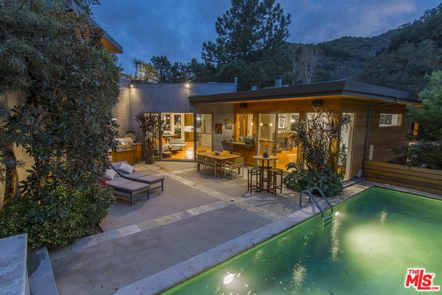2520 Benedict Canyon Dr, Beverly Hills, CA 90210