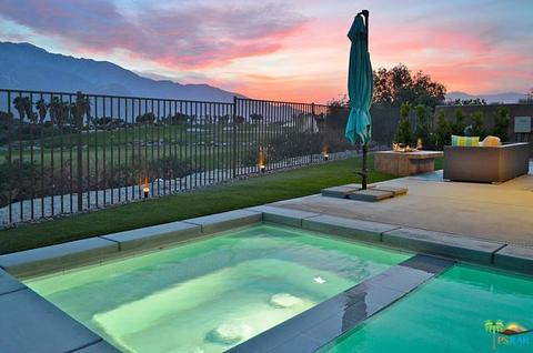 959 Bernardi Ln, Palm Springs, CA 92262