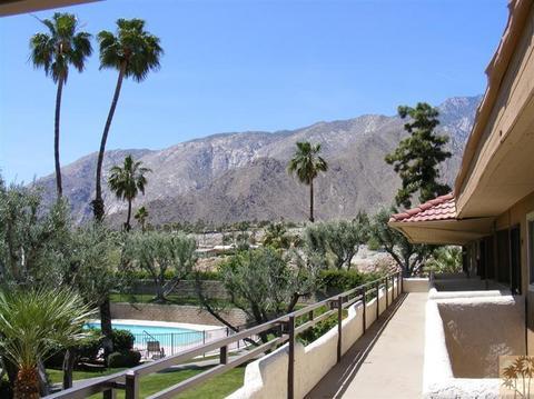 2857 N Los Felices Rd #206, Palm Springs, CA 92262