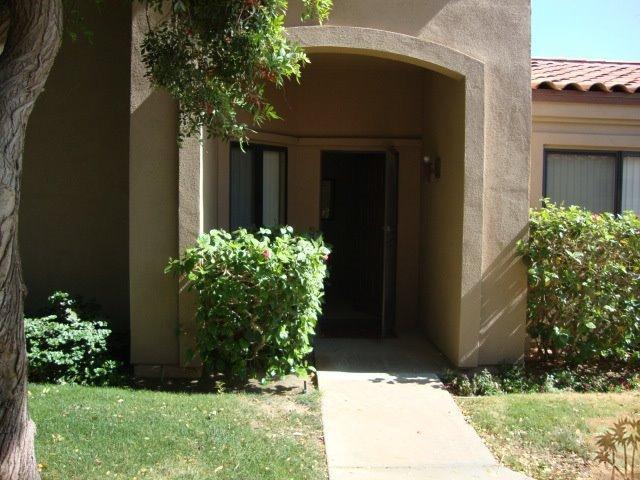 38957 Wisteria Drive, Palm Desert, CA 92211