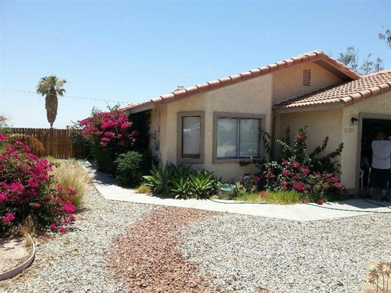 68205 Calle Azteca, Desert Hot Springs, CA