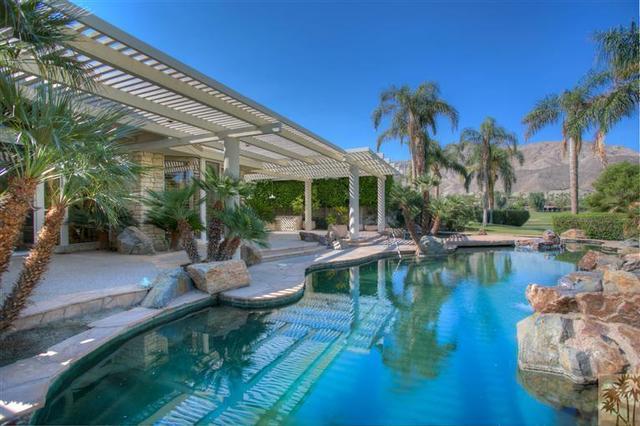 4 Regency Dr, Rancho Mirage, CA 92270