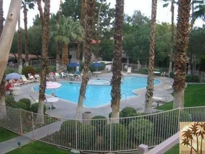 2800 E Los Felices Cir #APT c206, Palm Springs, CA