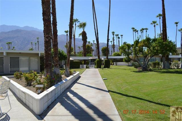 2033 E Ramon Rd #4A, Palm Springs, CA 92264