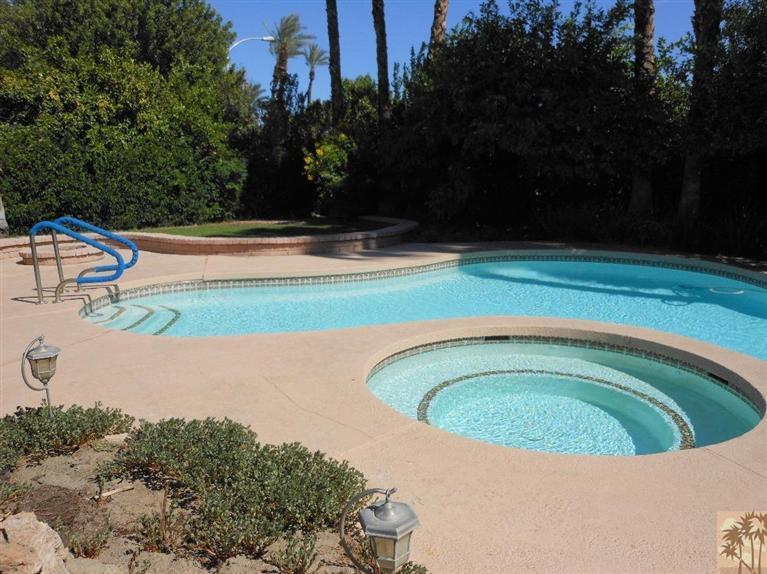 69351 Woodside Avenue, Cathedral City, CA 92234