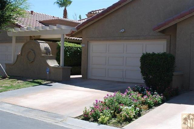 41539 W Woodhaven W Dr, Palm Desert, CA 92211
