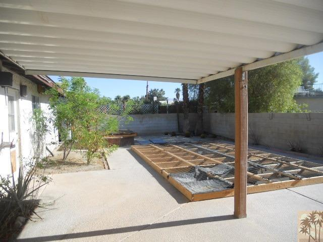 43180 Virginia Avenue, Palm Desert, CA 92211