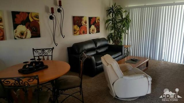 67154 W Chimayo Dr, Cathedral City, CA 92234