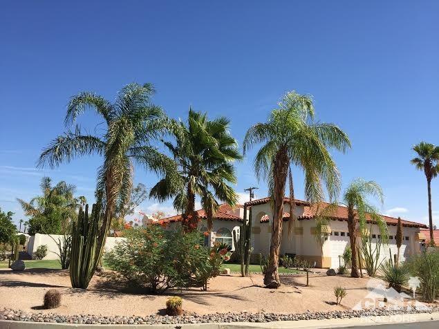 2700 E Vincentia Rd, Palm Springs, CA