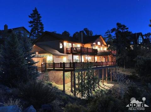 383 Springhill Pl, Big Bear Lake, CA 92315