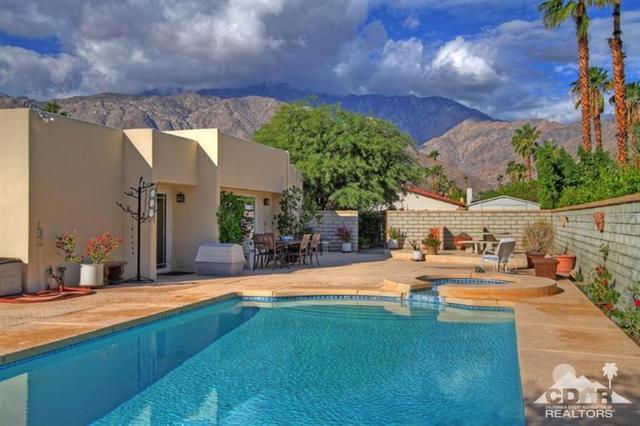 1380 E Rosarito Way, Palm Springs, CA