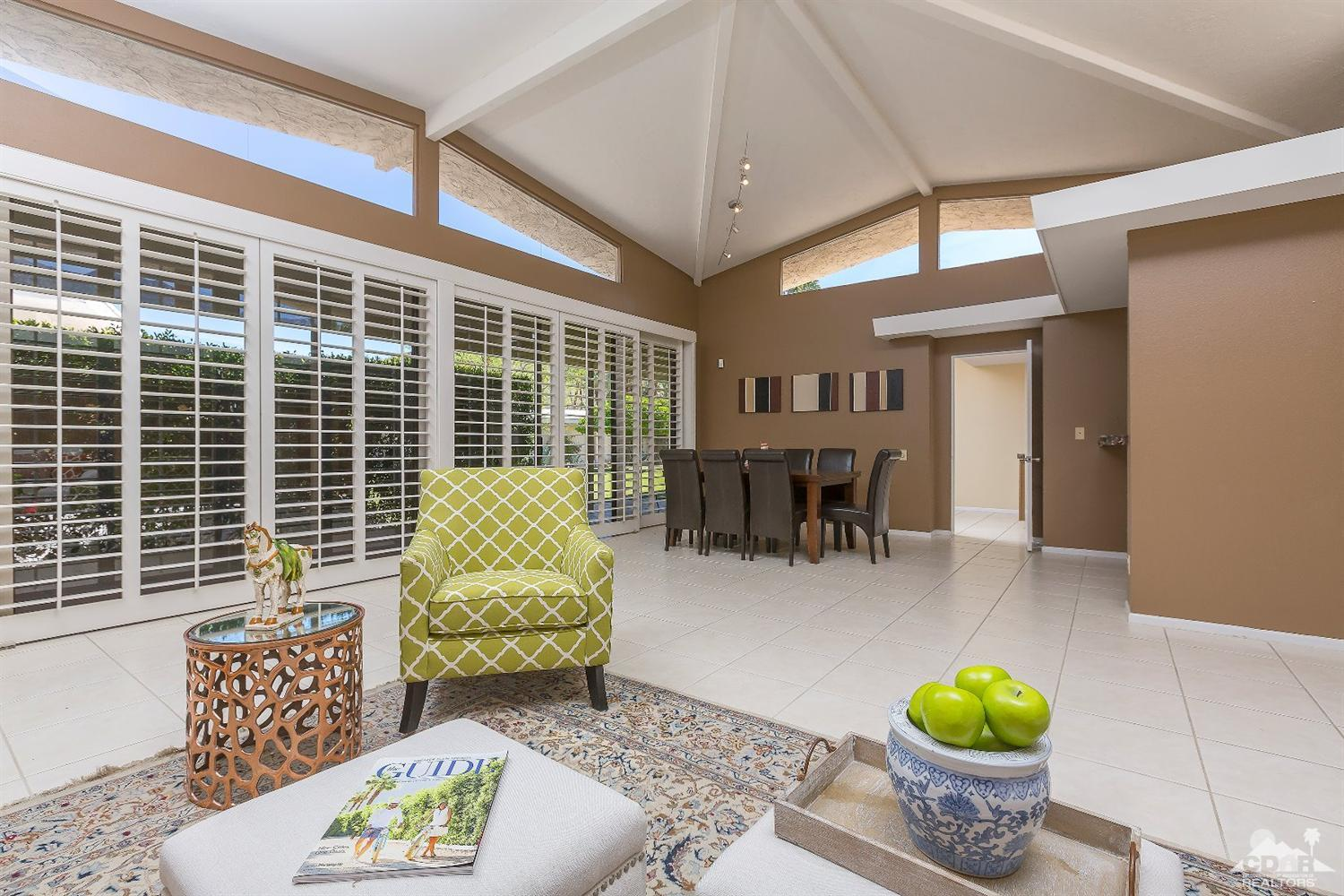 2426 S Madrona Dr, Palm Springs, CA