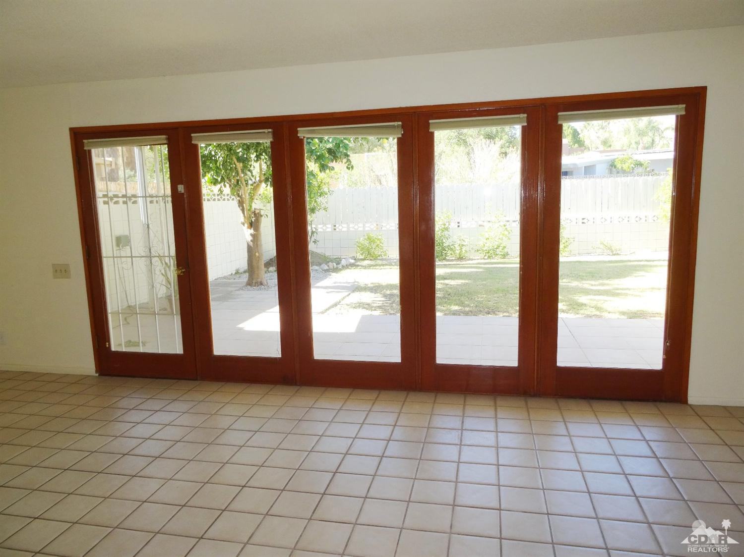48171 Birdie Way #APT b, Palm Desert, CA