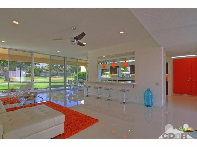 136 Eastlake Dr, Palm Springs, CA