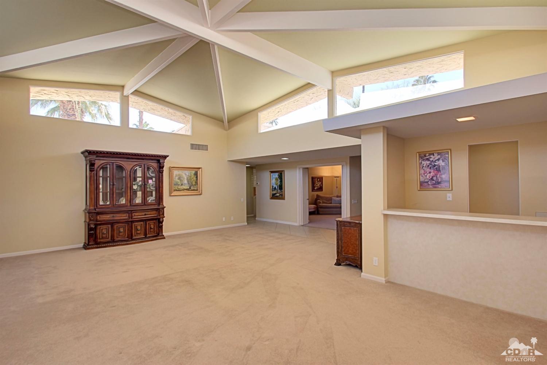 1596 E Canyon Estates Dr Dr, Palm Springs, CA