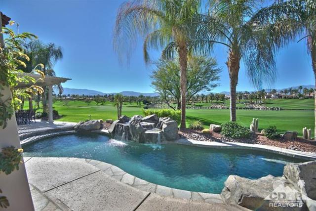 899 Mission Creek Dr, Palm Desert, CA