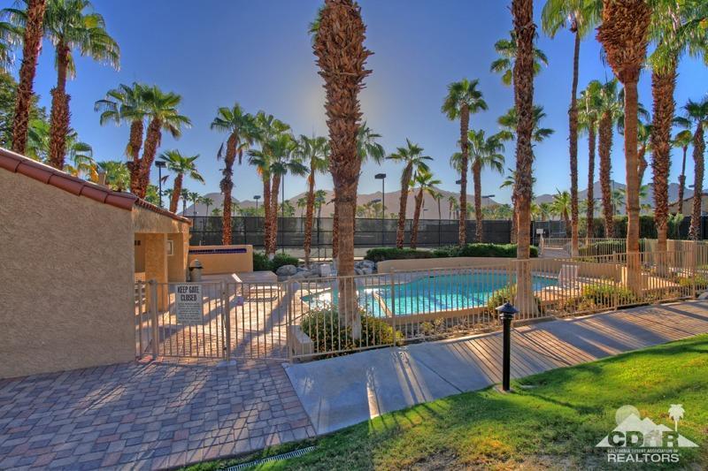 73453 Foxtail Ln, Palm Desert, CA