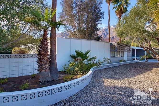 461 S Glen Cir, Palm Springs, CA