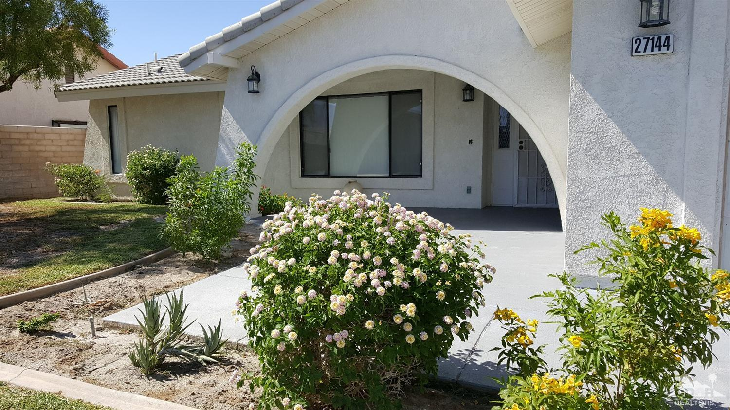 27144 Shadowcrest Ln, Cathedral City, CA 92234
