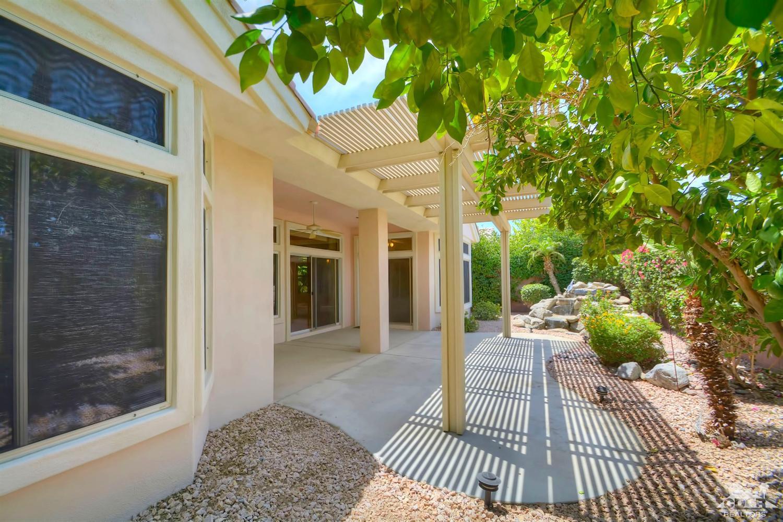 37445 Golden Pebble Ave, Palm Desert, CA 92211