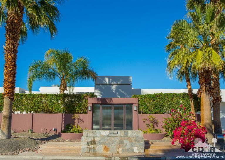 1036 Andreas Palms Drive, Palm Springs, CA 92264