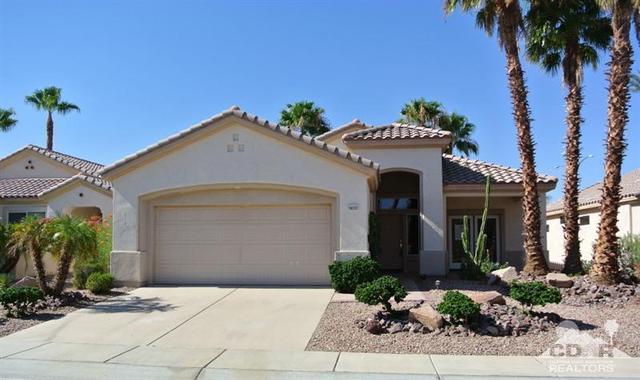 78232 Vinewood Dr, Palm Desert, CA 92211