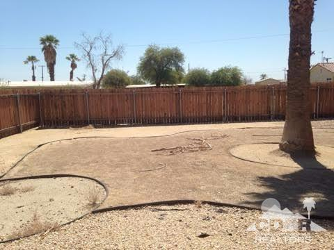 2344 Sand Man Ave, Thermal, CA 92274