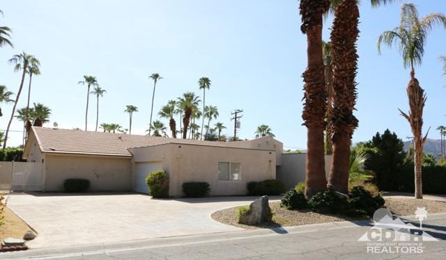 1130 S Manzanita Ave, Palm Springs, CA 92264