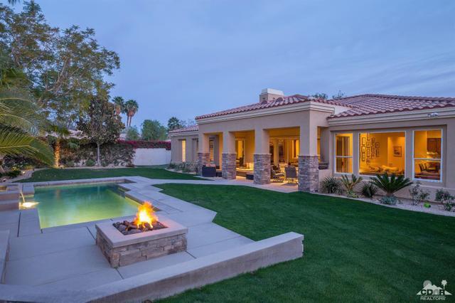 66 Laken Ln, Palm Desert, CA 92211