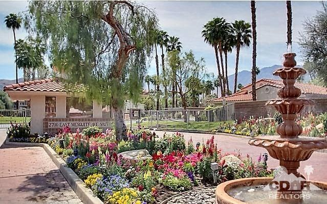 2700 E Mesquite Avenue #D20, Palm Springs, CA 92264