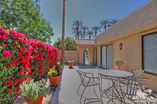 21 Margarita Rd, Palm Desert, CA 92260
