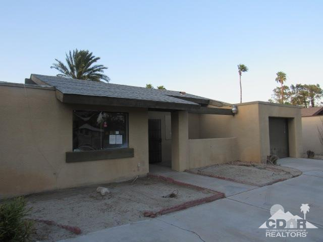 1330 E Racquet Club Rd, Palm Springs, CA 92262