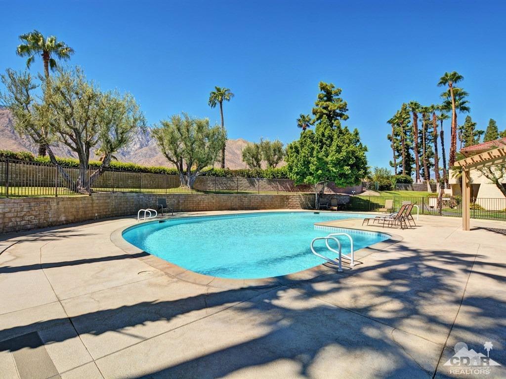 2857 N Los Felices Road #204, Palm Springs, CA 92262