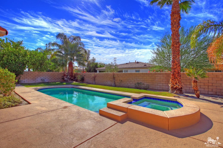74133 E Petunia Pl, Palm Desert, CA 92211