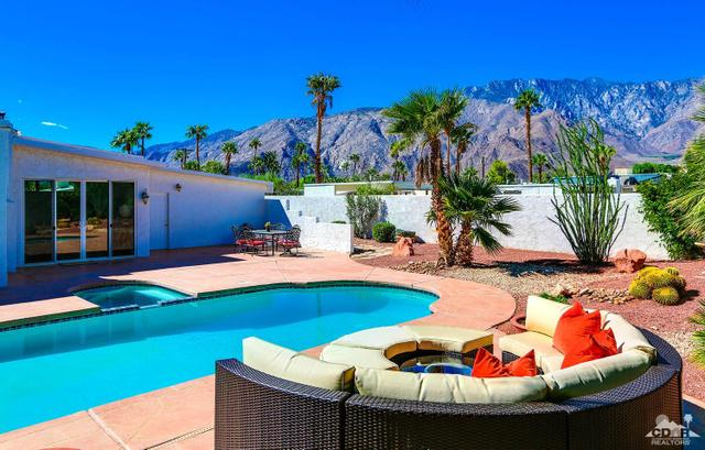 890 E Sunair Rd, Palm Springs, CA 92262