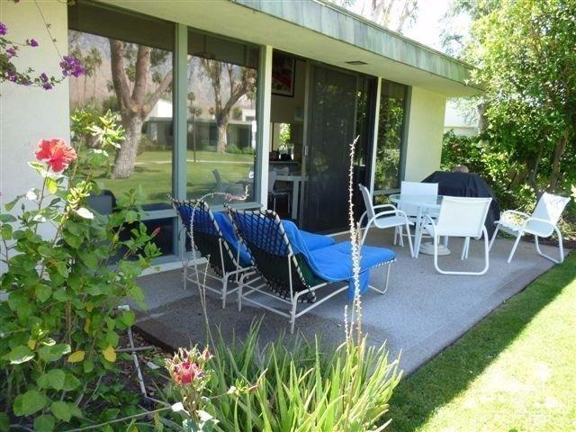 1007 Saint Bimini Cir, Palm Springs, CA 92264
