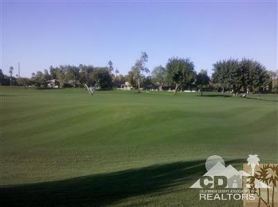 210 Running Springs Dr, Palm Desert, CA 92211