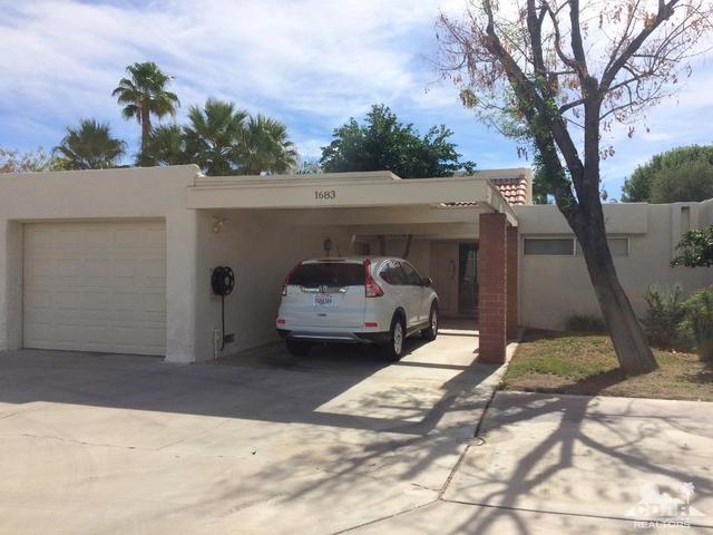 1683 Tam O Shanter Plz, Palm Springs, CA 92264