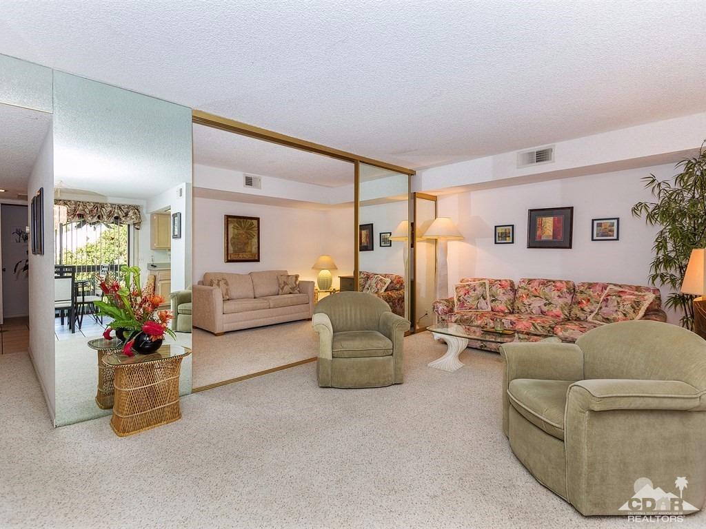 5125 E Waverly Dr #B12, Palm Springs, CA 92264