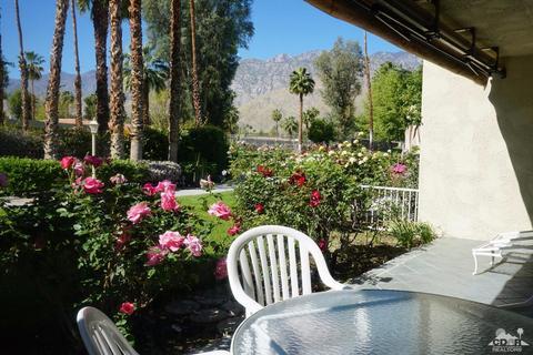 2451 Oakcrest Dr, Palm Springs, CA 92264