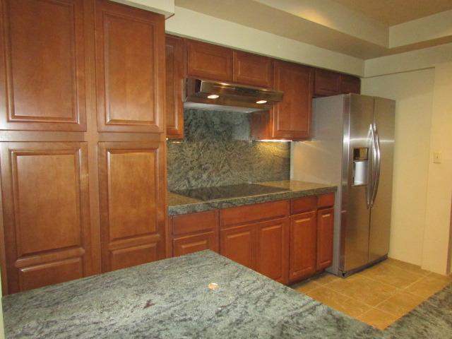 900 Island Dr #105, Rancho Mirage, CA 92270