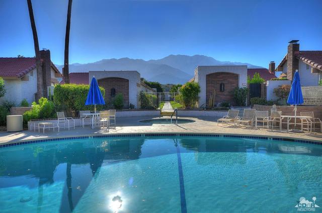 2441 S Gene Autry Trl #A, Palm Springs, CA 92264
