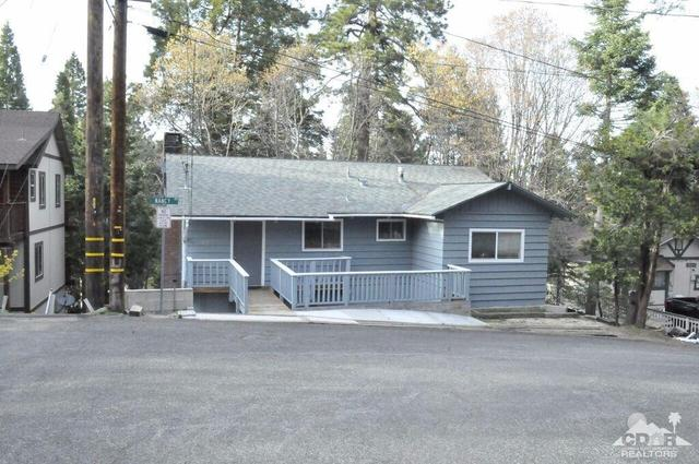 27448 Nancy Dr, Lake Arrowhead, CA 92352