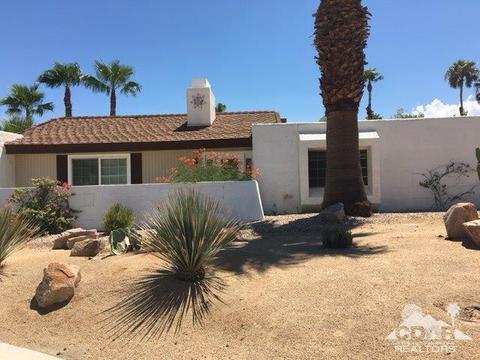 1121 E El Escudero, Palm Springs, CA 92262