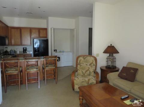 50710 Santa Rosa Plaza Plz #4, La Quinta, CA 92253