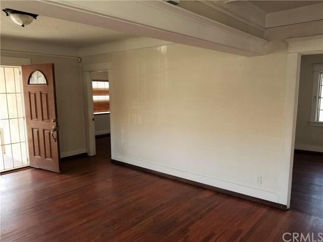 319 W 80th Street, Los Angeles, CA 90003