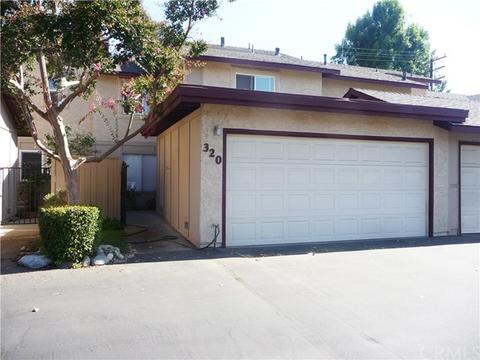 320 Cherry Hills Ln, Azusa, CA 91702
