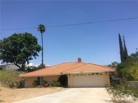 6725 Garces Ave, Riverside, CA 92509